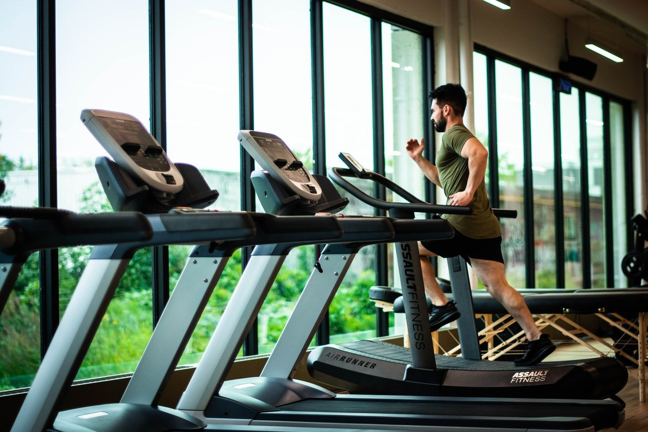 4 Ways to Leverage Former Gym Members for Referrals by EZFacility